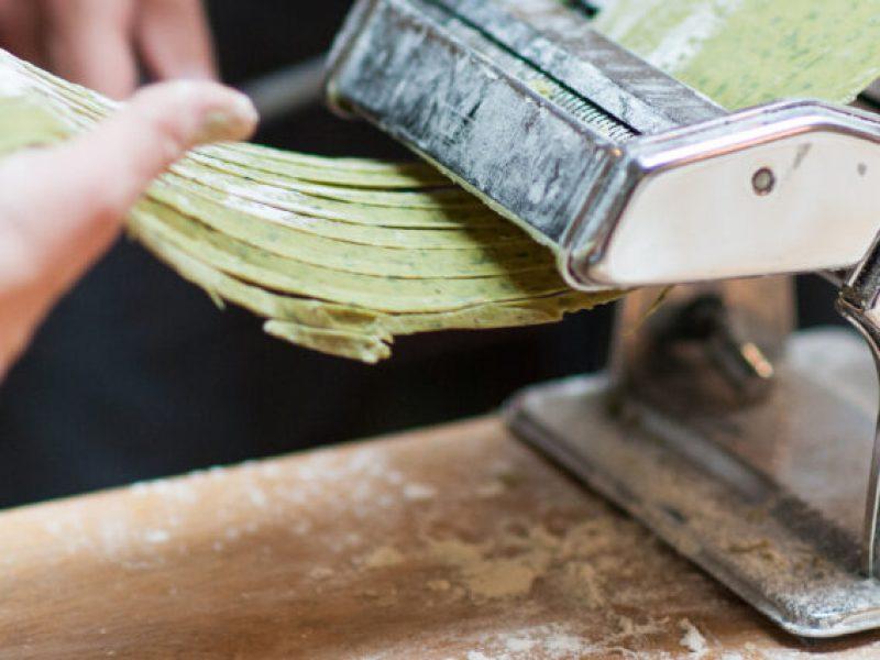 Making dutch pasta